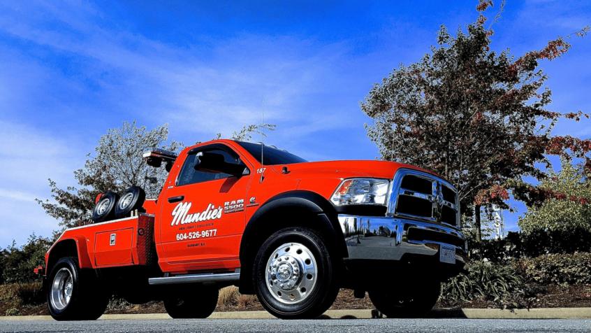 visual image of Mundie's tow truck